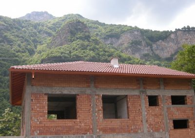 Покрив с керемиди Бриз